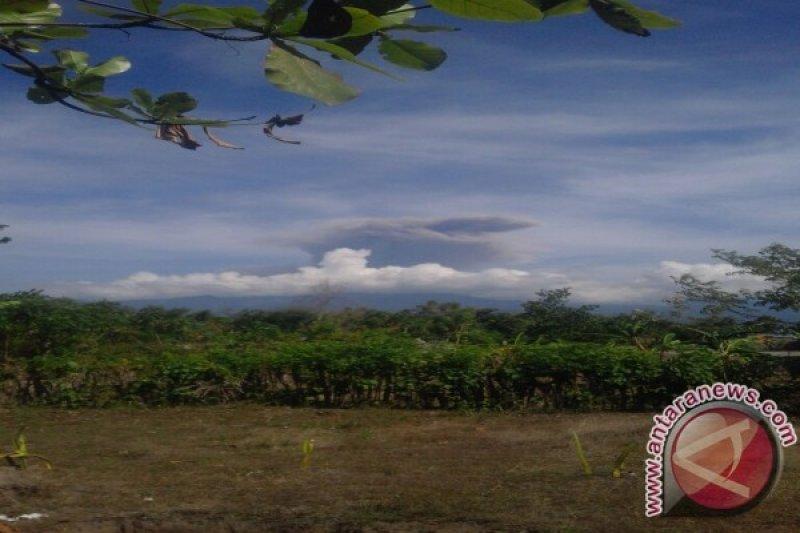 PVMBG Naikkan Status Gunung Rinjani Menjadi Waspada