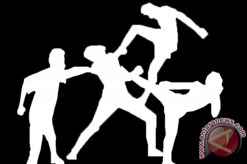 Polisi kejar lima pengeroyok Kapolsek Patumbuk