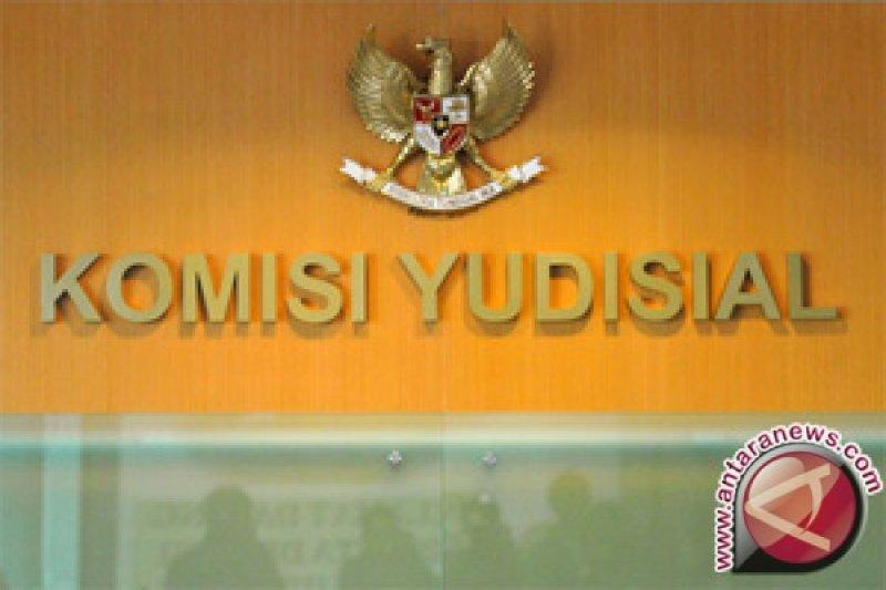 Komisi Yudisial dan Mahkamah Agung berhentikan Kepala Pengadilan Militer Makassar