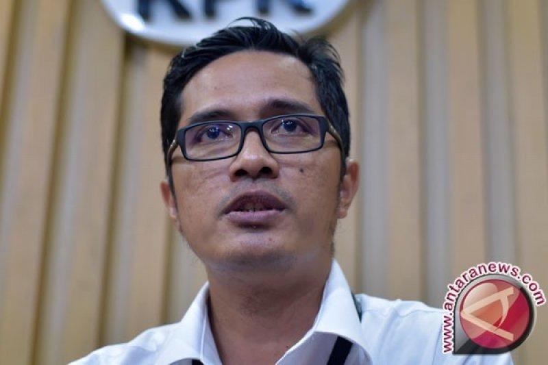 OTT hakim dan panitera, KPK sita ribuan dolar Singapura