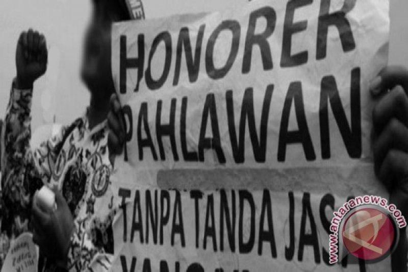 Pemprov Sultra mengangkat 3.750 orang guru honor