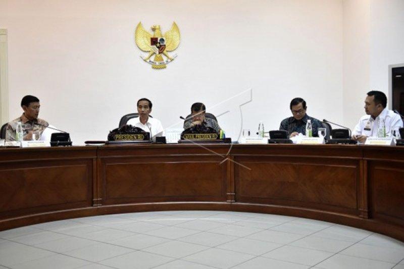 Presiden Jokowi Rapat Terbatas Bersama Gubernur Lampung