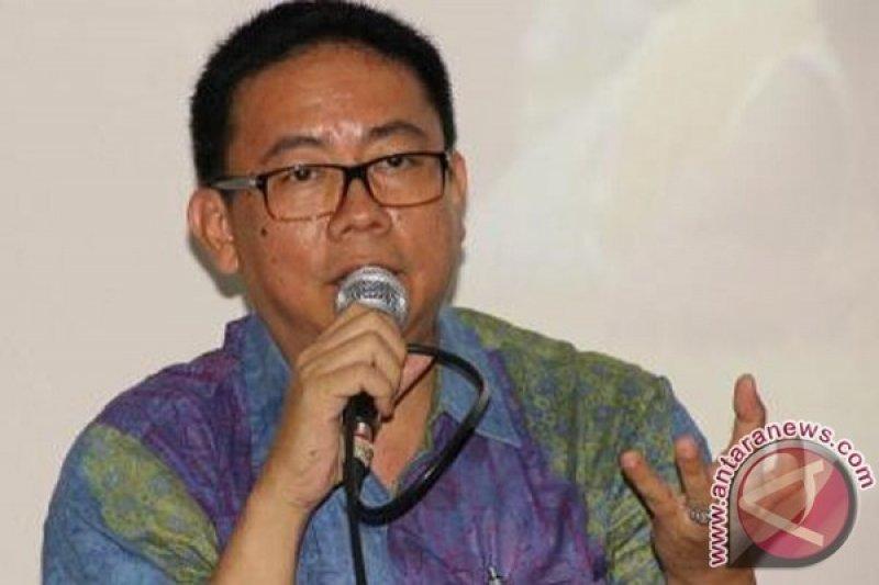 Yosep Adi: Jurnalis ikut Pemilu-TS mundur