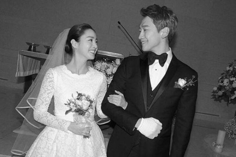 Kabar gembira dari Rain dan Kim Tae-hee