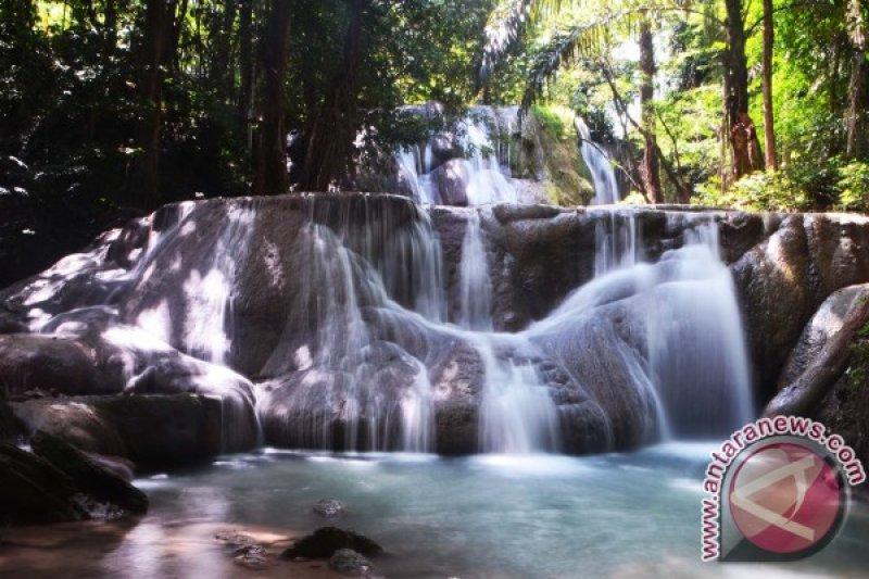 Kupang District targets building five leading tourism destinations