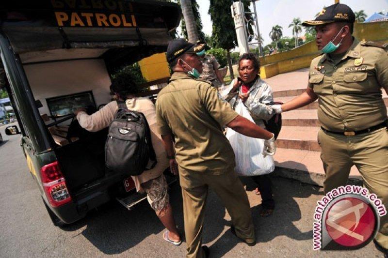 Dinas Sosial Palembang tertibkan gelandangan bergerobak