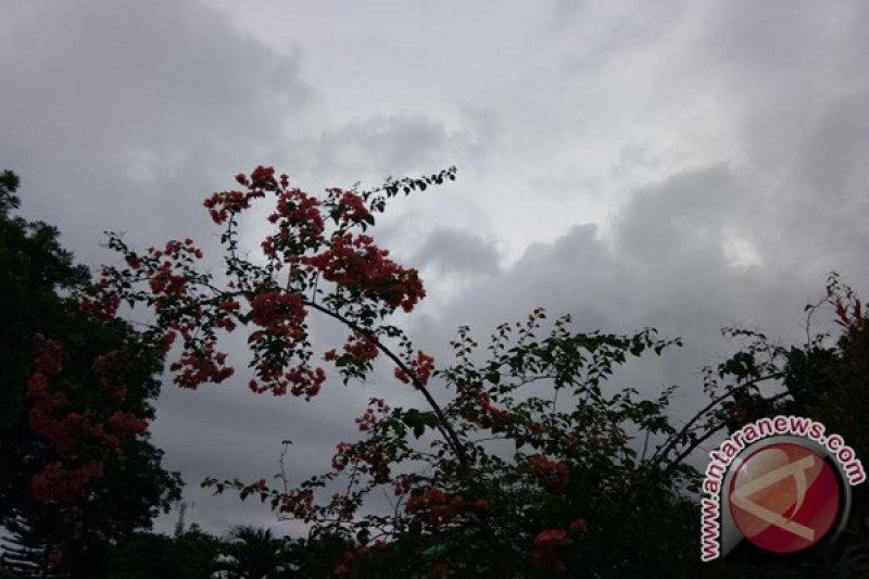 BMKG: Waspadai hujan lebat dan petir di wilayah Lampung