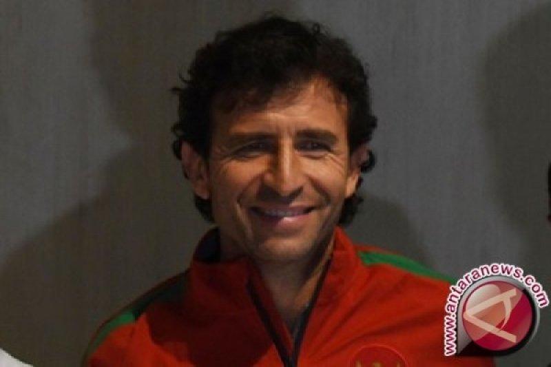 Pelatih timnas Indonesia masih kontinu hubungi Luis Milla