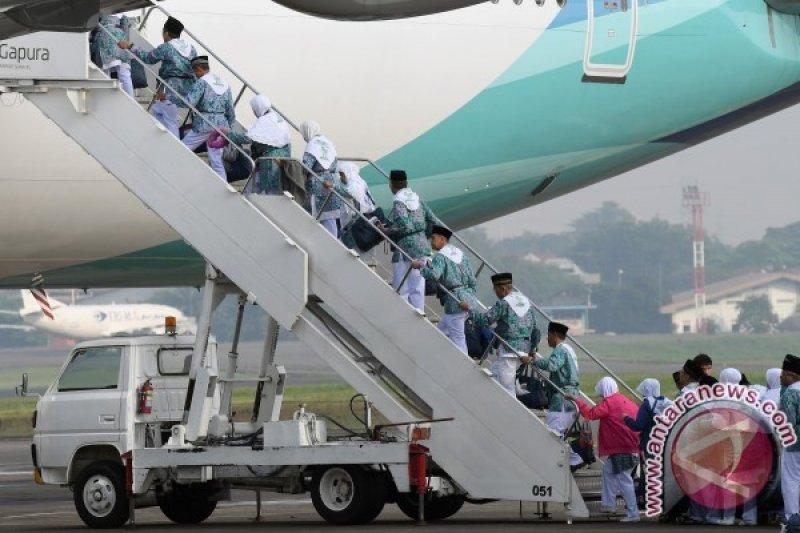 Garuda kehilangan 10 persen pendapatan setelah pembatalan haji