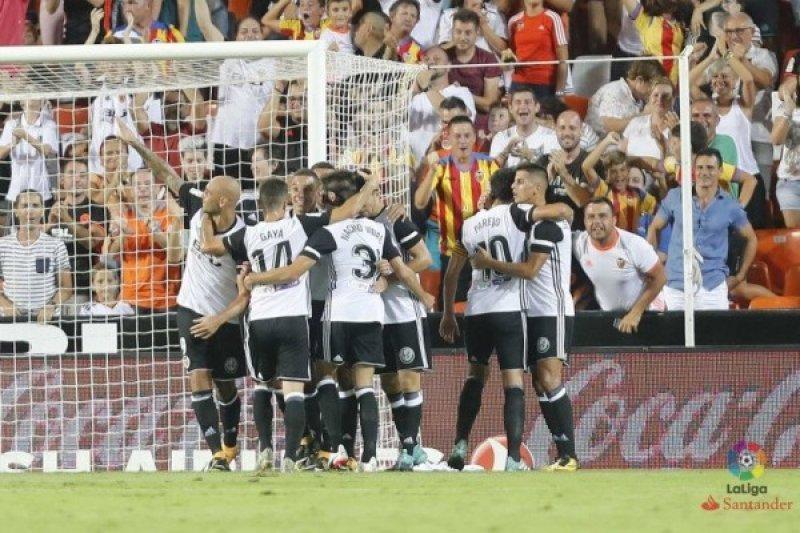 Pelatih Valencia Marcelino Cedera Saat Rayakan Gol Kemenangan