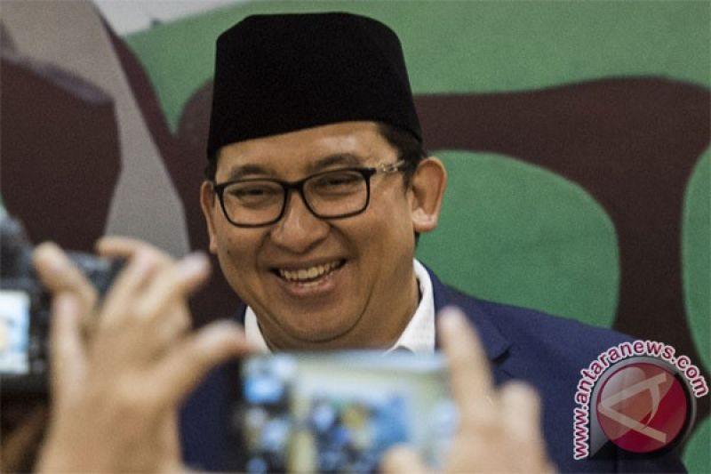 Fadli Zon Kewajiban Menyanyikan Indonesia Raya Tiga Stanza Menabrak Kebiasaan Antara News