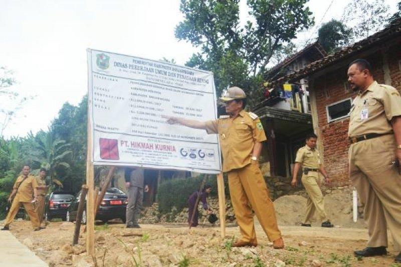 Bupati: DPU Harus Tegas Terhadap Pelaksana Proyek