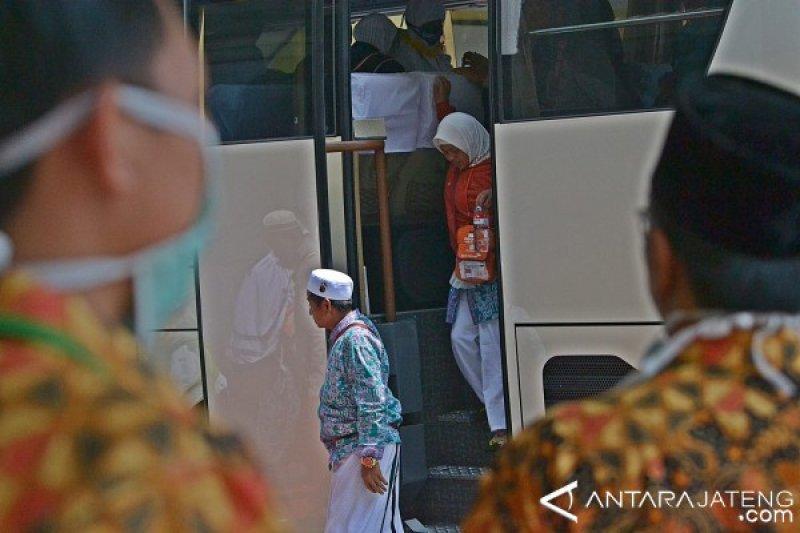 PPIH Debarkasi Solo Pulangkan 7.129 Haji