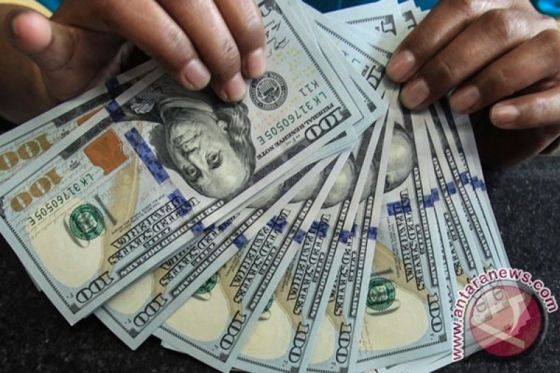 Dolar AS Menguat Rabu Jelang Pidato Yellen