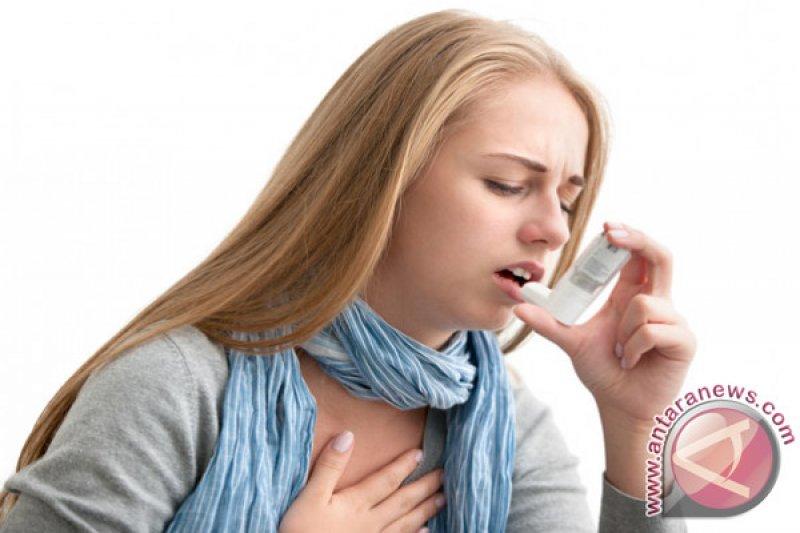 Apa beda sesak nafas karena asma dan COVID-19?