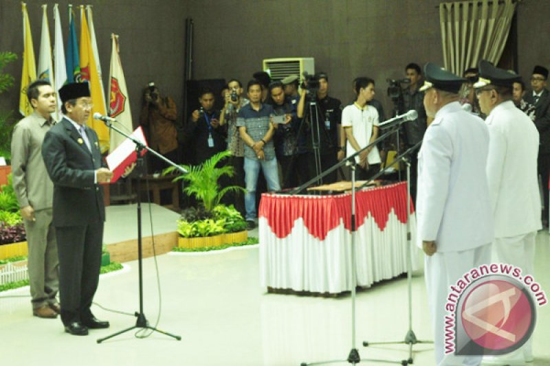 Gubernur Lantik Bupati Dan Wakil Bupati Buol