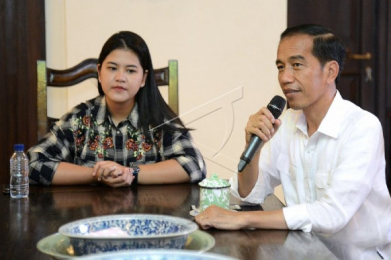 """Jokowi ajak putri dan menantu nonton """"Dilan 1990"""" hingga Liliyana Natsir pensiun"""
