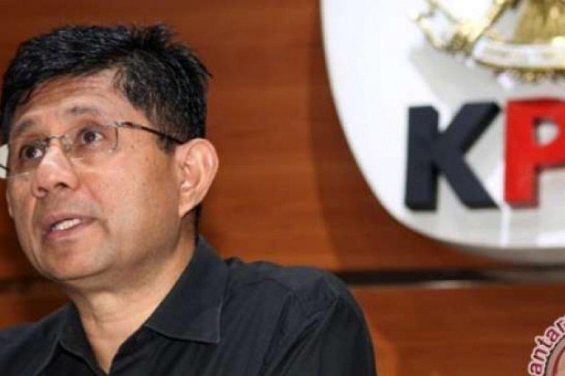 Hakim Dan Anggota DPRD Kota Manado Terjaring OTT KPK