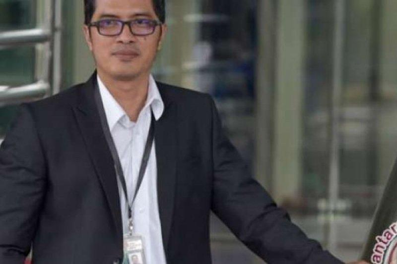 Terlibat Korupsi, KPK Tahan Bupati Nganjuk