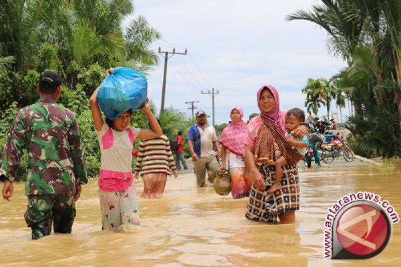 1.858 jiwa harus mengungsi akibat banjir