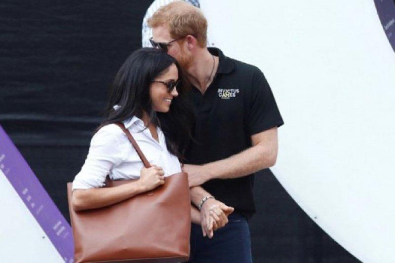 Berlian Puteri Diana Tersemat di Jemari Tunangan Pangeran Harry