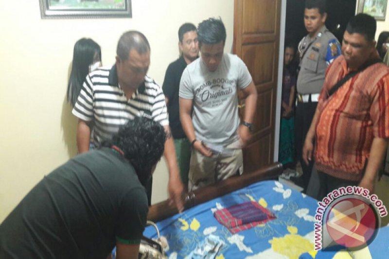 Anggota Polres Solok Kota Tertangkap Sedang Pesta Narkoba Bersama Seorang Wanita