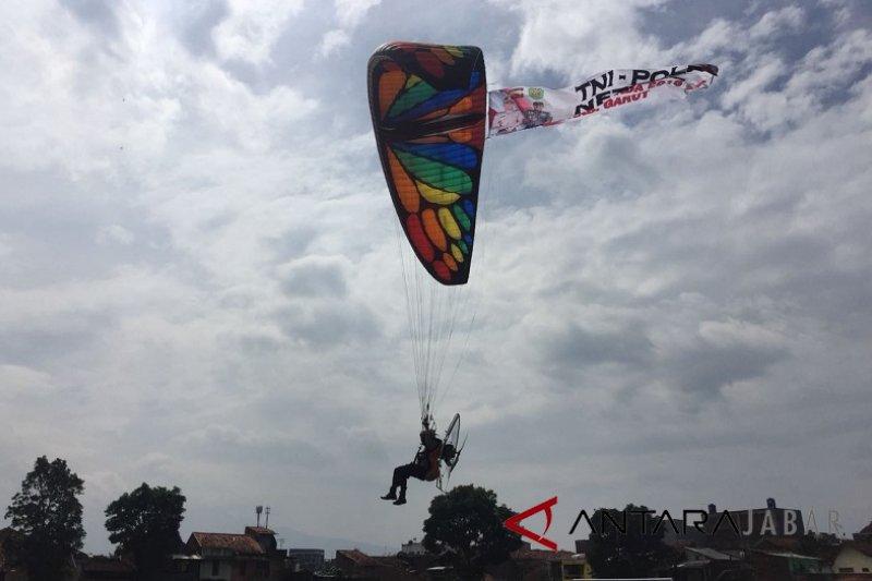 Kapolres Garut terbang kampanyekan netralitas TNI-Polri