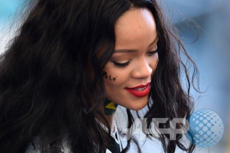 Rihanna dan Lamar penampilan rap terbaik Grammy