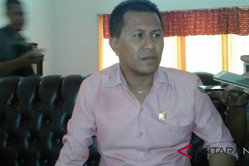 DPRD Kupang minta PT GIN hentikan penambangan garam