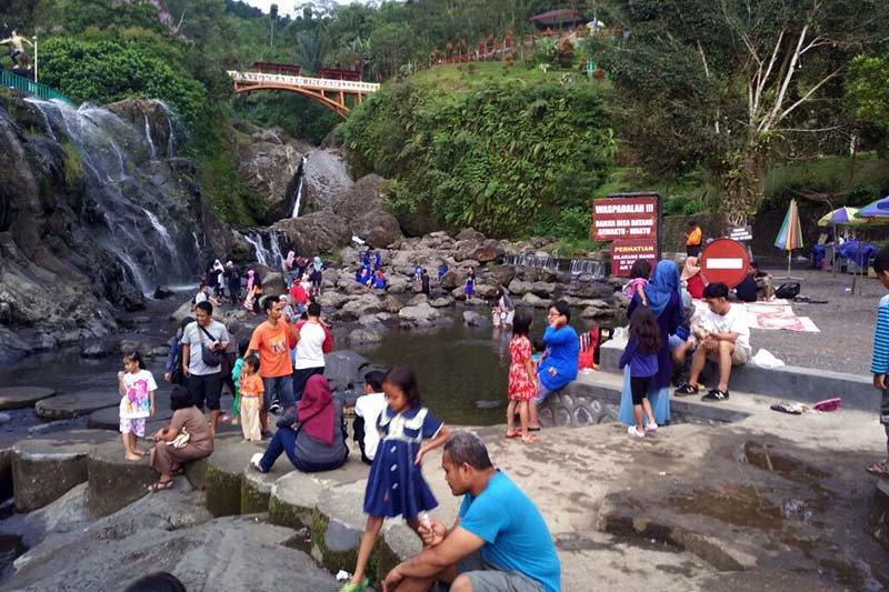 Tarik wisatawan, Lokawisata Baturraden perlu dibangun panggung terbuka