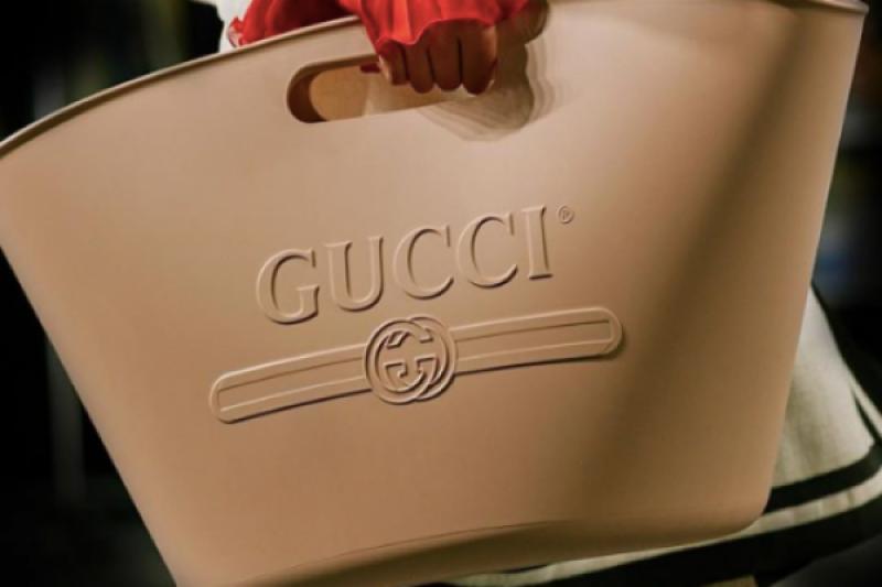 13 juta tas baru Gucci disebut mirip ember pel sampai keranjang cucian