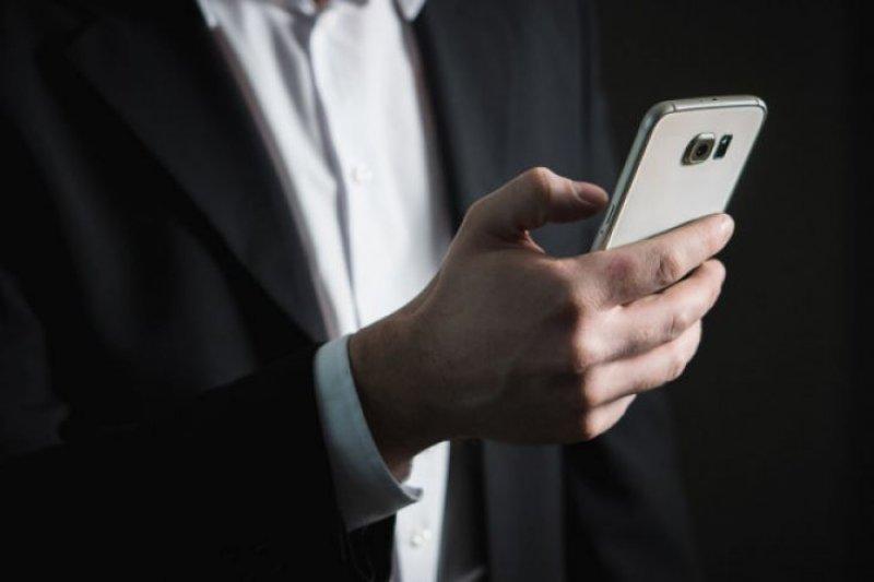 Peraturan perangi ponsel dari pasar gelap segera ditetapkan