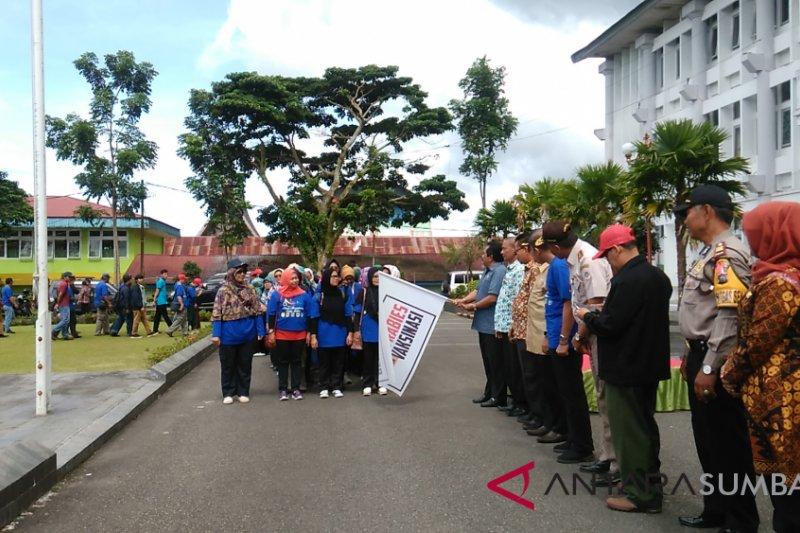 Padang Panjang berikan vaksin anti-rabies gratis hewan peliharaan masyarakat