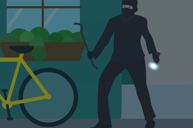 Pencuri dengan modus matikan lampu ini, sempat rebutan senjata tajam dengan korbannya