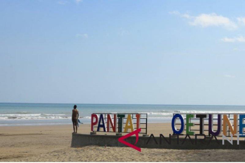 Pantai Oetune jadi obyek wisata unggulan