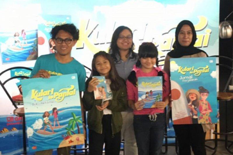 """Film """"Kulari Ke Pantai"""" hadir dalam bentuk buku anak"""