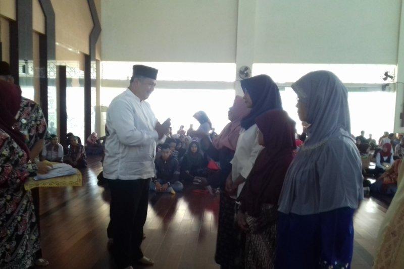 Baznas Kota Solok Salurkan zakat senilai Rp1,2 miliar
