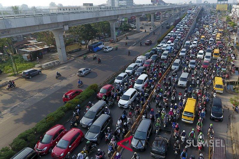 Belasan ribu warga China dilarang menyetir mobil seumur hidup
