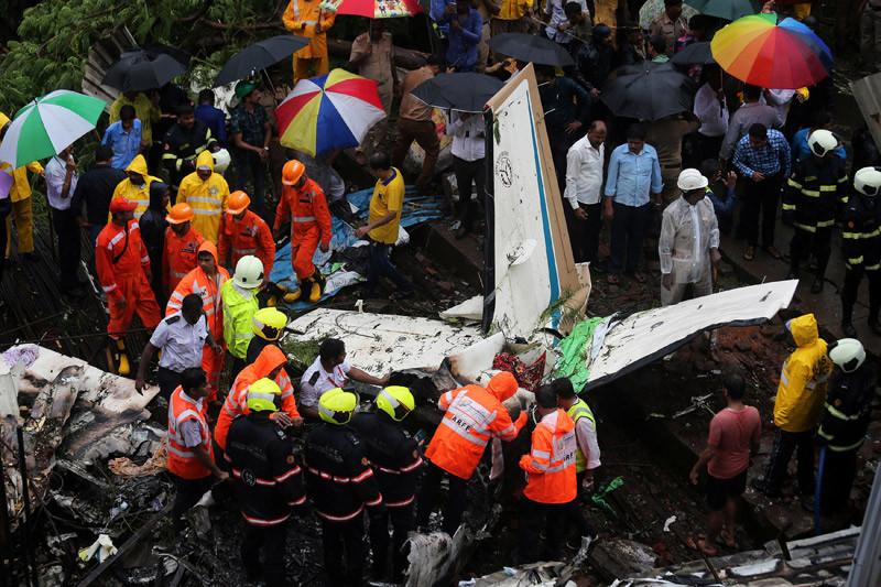 Sedikitnya 17 orang tewas saat pesawat repatriasi India kecelakaan
