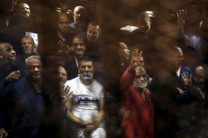 Pengadilan Mesir tegakkan hukuman mati untuk 12 tokoh senior Ikhwanul Muslimin