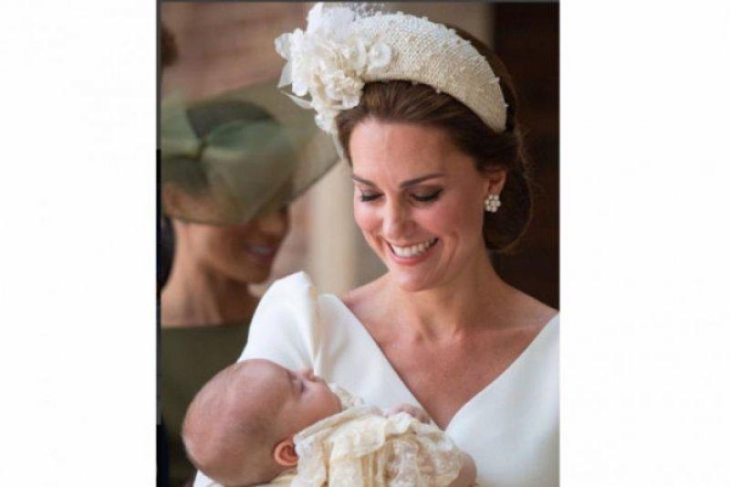 Putra bungsu pangeran  William,  Pangeran Louis dibaptis