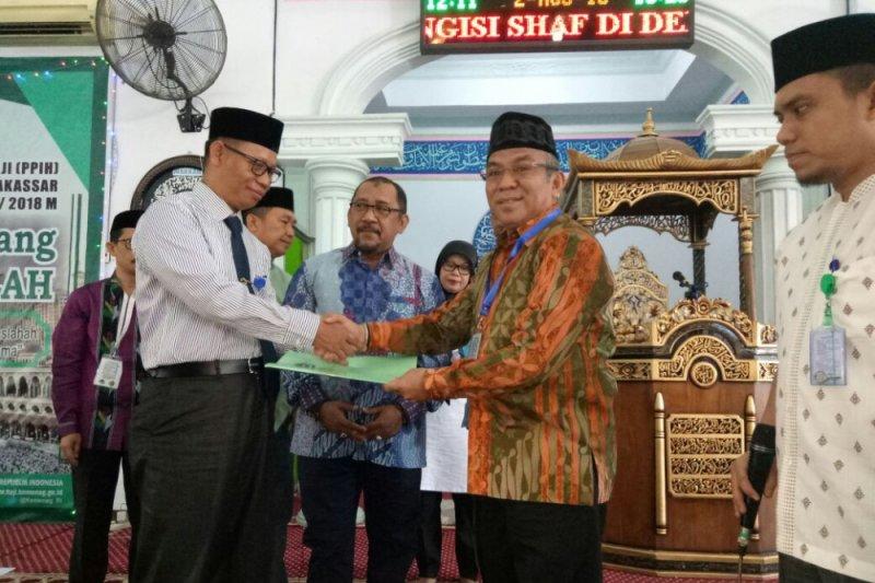 Kloter pertama JCH Sultra diberangkatkan dari Makassar