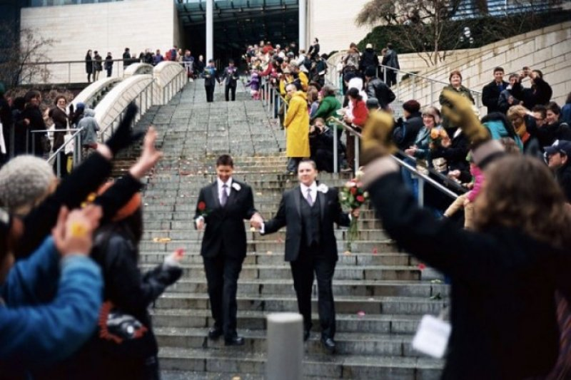 China tolak pernikahan sesama jenis, Taiwan setuju