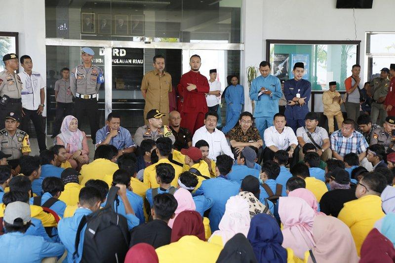 DPRD Kepri Tampung Aspirasi Mahasiswa