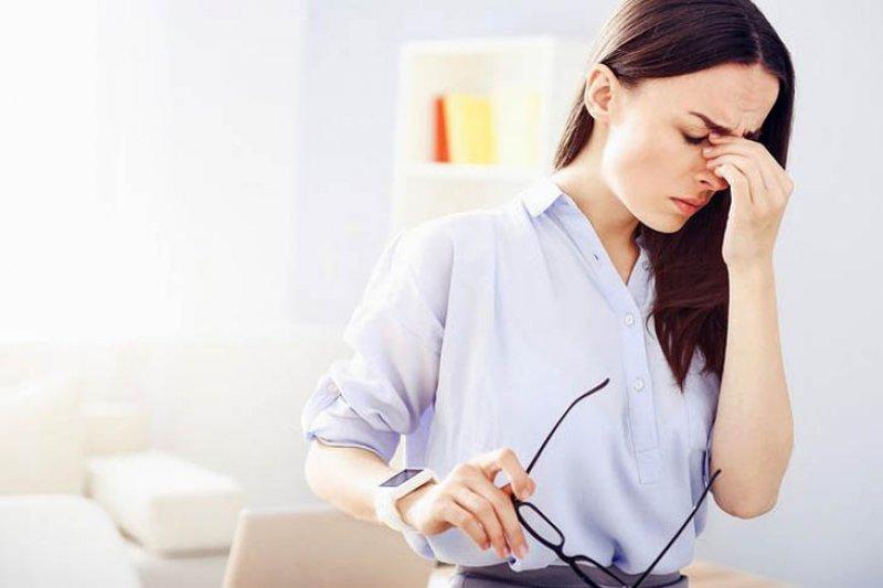 Kenali perbedaan migrain dan sakit kepala biasa