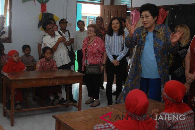 Presiden ICW beri motivasi belajar siswa SD Ngadiharjo