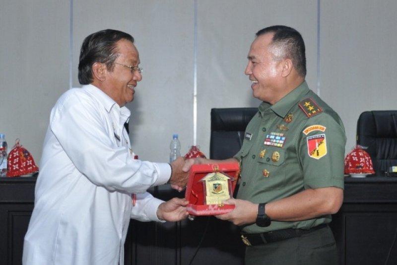 Pangdam XIII/Merdeka bertandang ke Kantor Gubernur Sulteng