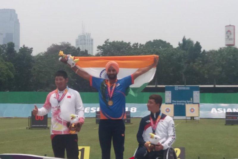 Atlet India rebut emas panahan recurve putra