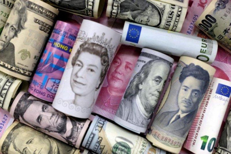 Yen dan franc  melemah karena harapan langkah-langkah stimulus global