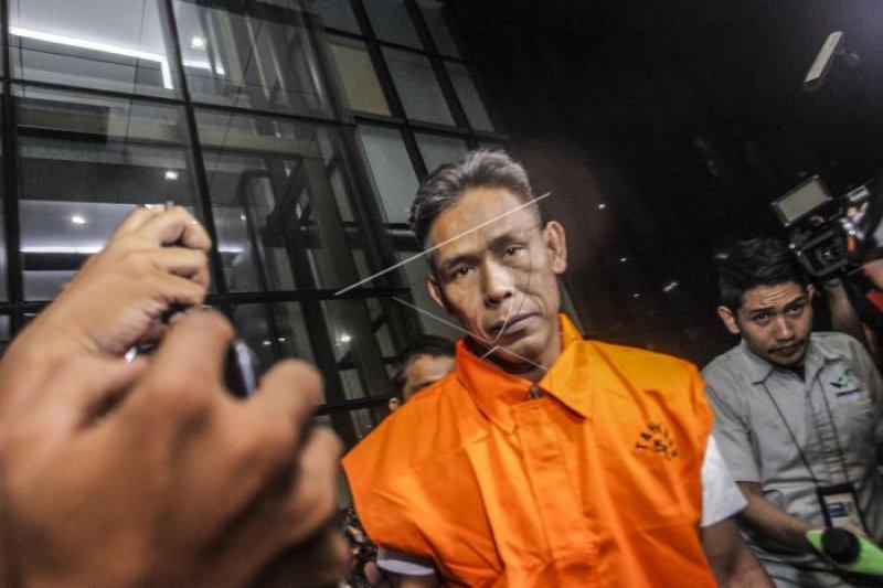 PAW anggota DPRD tersangka suap menunggu fraksi masing-masing